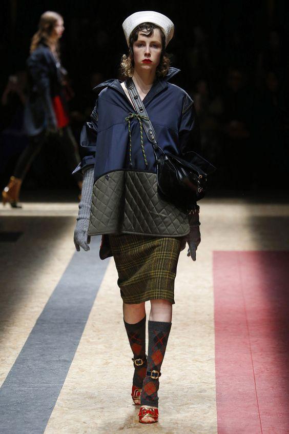 Prada | Ready-to-Wear - Autumn 2016 | Look 24