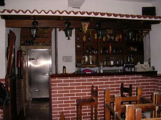 #ElPatioBar  2004 inicia Remodelación Asi era, una tasquica española.-