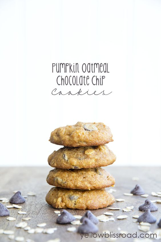 Pumpkin oatmeal, Oatmeal chocolate chips and Oatmeal chocolate chip ...