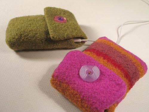 Felted iPod Cozy Pattern  http://felting.craftgossip.com/2012/04/29/felted-ipod-cozy-pattern/