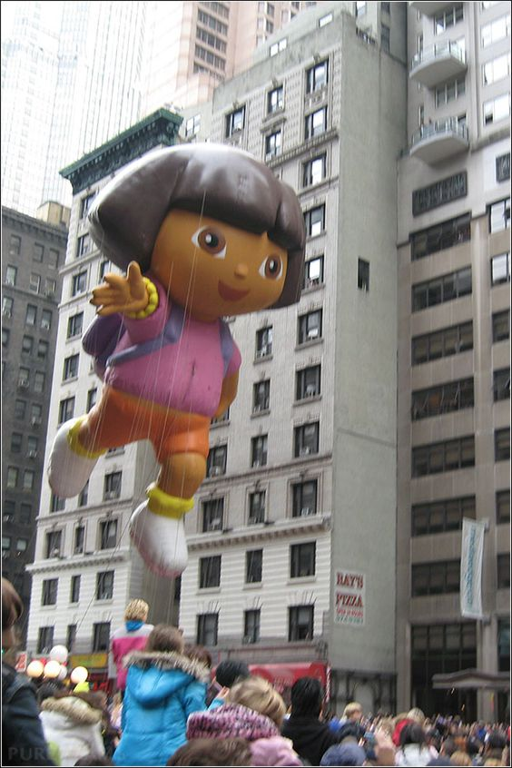 Happy Thanksgiving USA – pictures from Macys Parade in NYC, New York City, Manhattan, balloons.