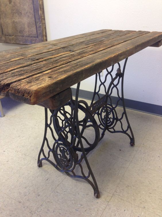 repurposed singer sewing machine table by eraziodesigngroup rustico pinterest tables de. Black Bedroom Furniture Sets. Home Design Ideas