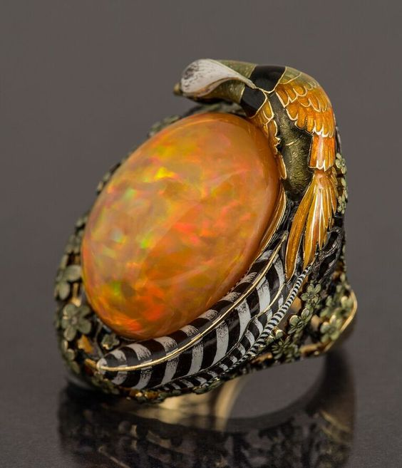 Pheasant ring. Enamel, gold,and opal. Created by Russian jeweler Ilgiz F.: