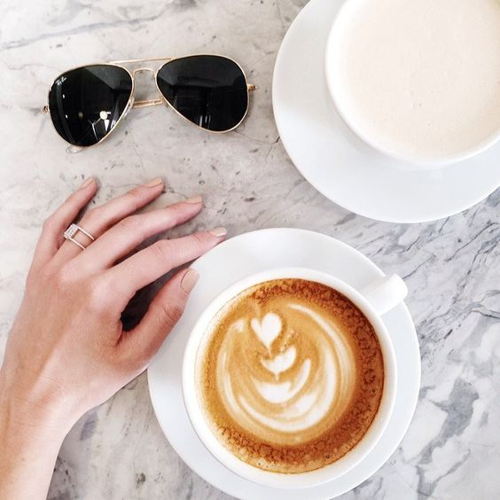 2ed71ac899b111e38c200e1bc264082d 8 30 Signs You Follow Too Many Fashion Bloggers on Instagram  <3 that ring