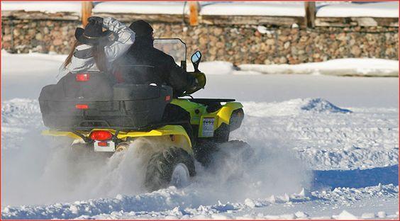 Tipps: Mit dem Quad durch den Winter Der Spaß kommt von alleine, wenn man mit dem Quad durch den Winter fährt. Doch dabei gibt es einiges zu beachten. Hier die wichtigsten Tipps & Tricks http://www.atv-quad-magazin.com/aktuell/tipps-mit-dem-quad-durch-den-winter/