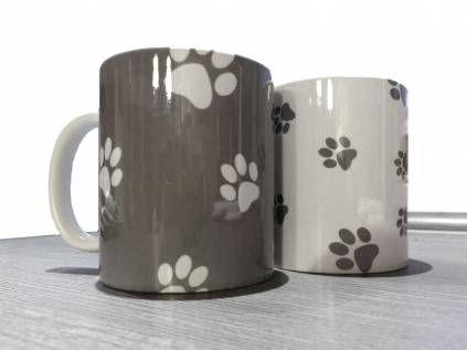Pfötchen-Tassen mit WunschnameDesign Tasse: Pfötchen, -weiss-