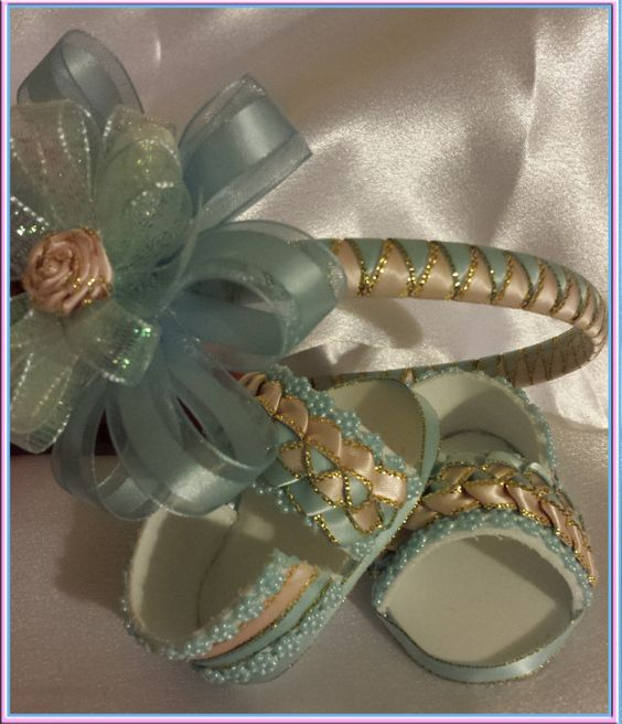 KNK machines, Baby shoes, Perfect for a Baby Shower.