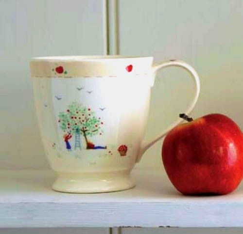 Caroline Zoob Apple Picking Mug