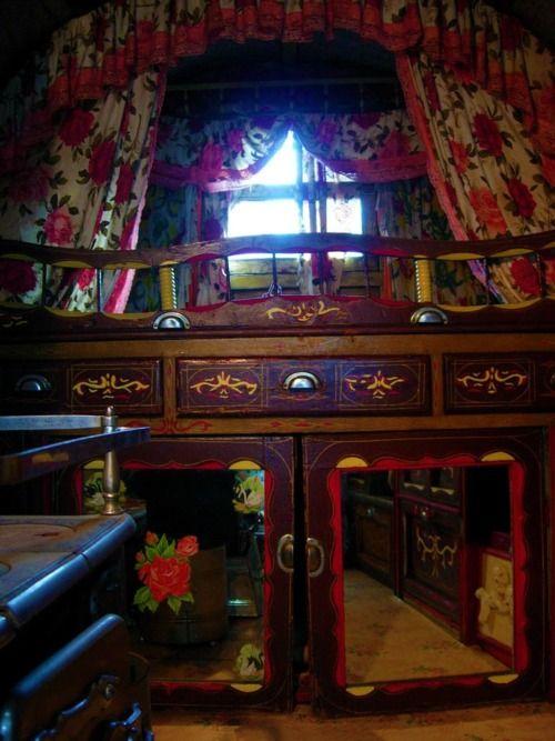 Gypsy storage
