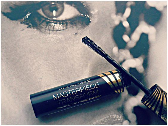 A Friday Favourite~ Max Factor masterpiece transform mascara #bbloggers #love #maxfactor #mascara #lashes #makeup #review http://www.pixielashes.blogspot.co.uk