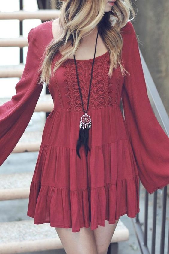 ackless Boho Ruffle-Dress: