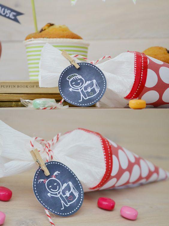 Einschulung & Schulanfang: Kleine Schultüte selber basteln mit kostenloser Bastelvorlage und Printables zur Einschulung