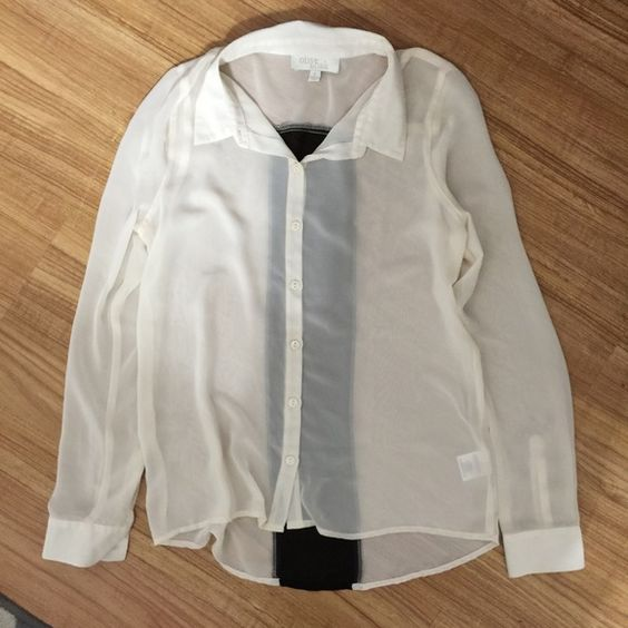 Black & white long sleeve. Like new condition. Black & white long sleeve button down blouse. Like new condition. Tops Button Down Shirts