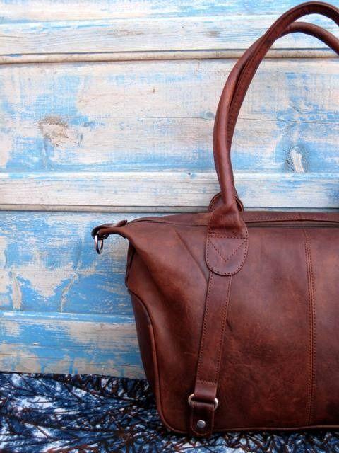 knock off celine handbags - NOUVEAUTE : Sac �� main \u0026quot;Casablanca\u0026quot; en cuir souple chocolat ambr�� ...