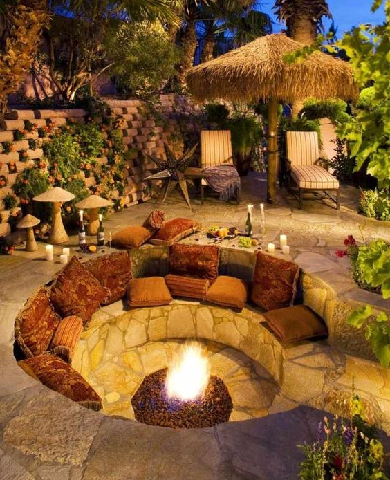 Traumdusche Bauen : Sunken Back Yard Fire Pit Sitting Areas