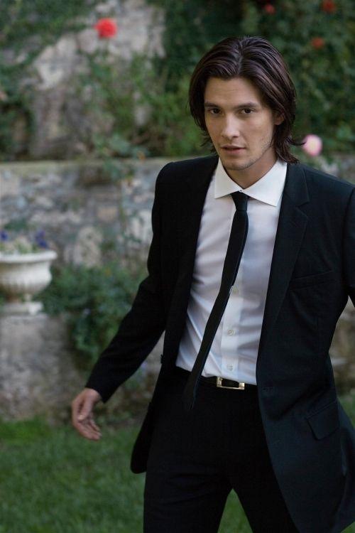 Ben Barnes aka Prince Caspian :)