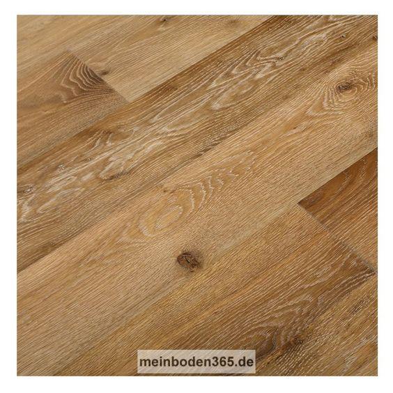 Eiche Tours Das Parkett ist ein 3-Schicht Fertigparkett als Landhausdiele in der Holzart europäische Eiche. Die rustikale Oberfläche der Diele wurde leicht geräuchert und gebürstet. Dadurch erhält sie mehr Tiefenwirkung und eine mittel- bis dunkelbraune Deckschicht mit hellerem Splintholz. Da sie auch noch gekälkt und extrem matt lackiert wurde, kommt die Holzstruktur besonders schön in weiß hervor. Das Parkett hat eine Nutzschicht mit einer Stärke von ca. 3,4 mm und eine umlaufende…