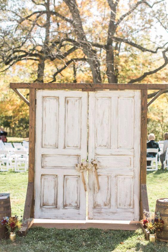 Top 20 Vintage Old Door Wedding Backdrops Rustic Outdoor Wedding