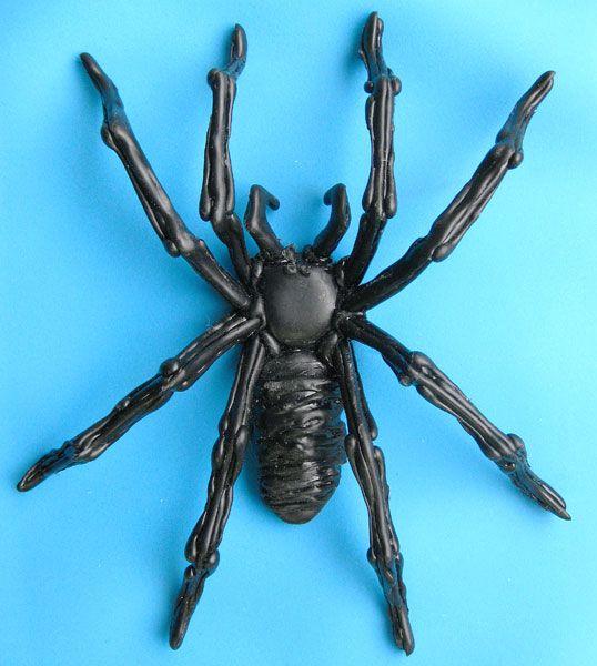 グルーガンで作るハロウィンアイテム 蜘蛛 クモ ハロウィン アイテム