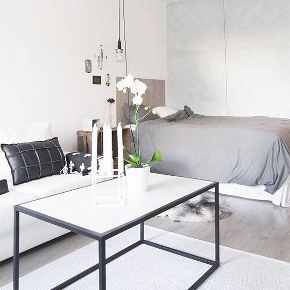 Great day behind!!! Love it!  #myhome #koti #mitthem #nordichome #scandicinterior #scandinavianhome #inspirajion #nordiskehjem #sisustus #interiör #finahem #whitehome #blackandwhitehome #makuuhuone  #interiør #sisustaminen #inspiroivakoti #interiorinspiration #scandihome #inspiration #instahome #bedroom #hltips #mustavalkoinenkoti #vackrahem #nordicinspiration #inredninginspiration #interioridea #bbeautyoflifee