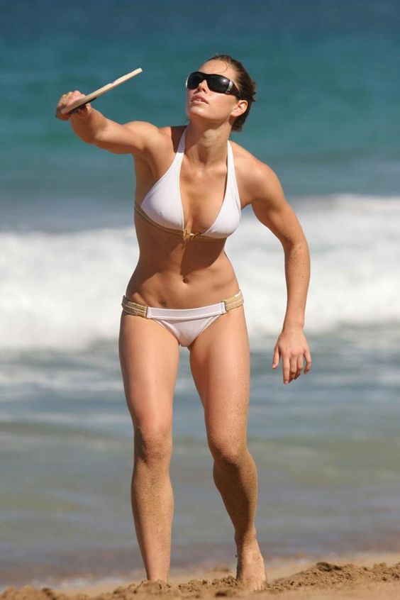 The gorgeous body of Jessica Biel via TheWondrous.com