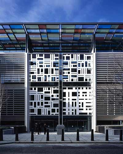 gillicks screen facade for the terry farrell designed home office london building home office