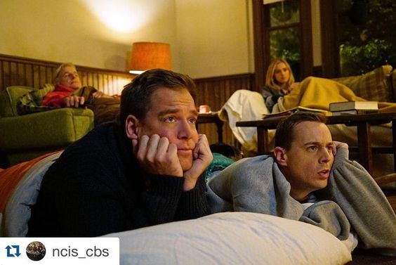 """""""#Repost @ncis_cbs with @repostapp. ・・・ The best slumber party ever! #gibbshouse #ncis  I wish I could be a part of the slumber party """""""