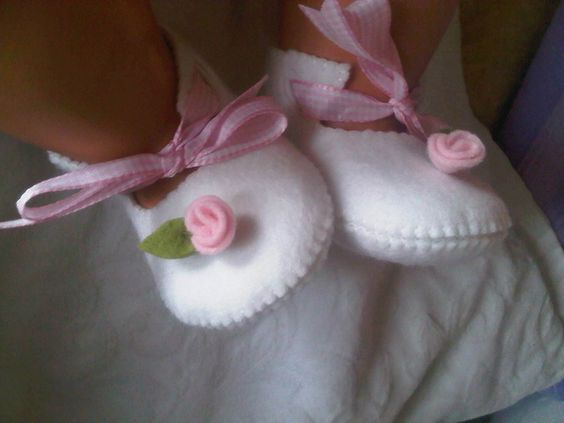Pink with white rose baby shoes
