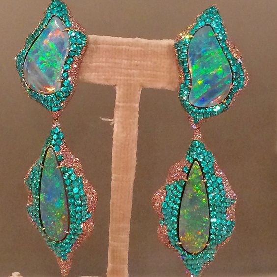 Opal earrings by Lorraine Schwartz, photo by Cheryl Kremkow #opalsaustralia