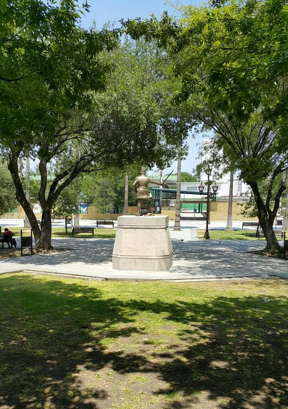 General Ignacio zaragoza Plaza principal de Guadalupe, N.L.