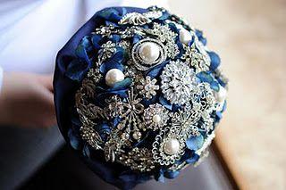 brooch bouquet: