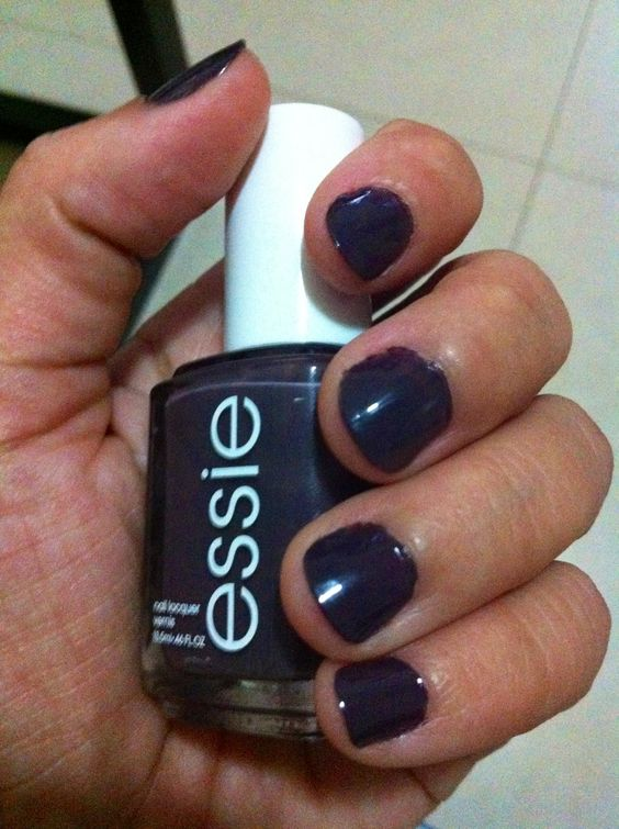 Essie - Smokin' hot