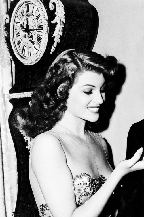 Stunning picture of Rita Hayworth behind the scenes of You Were Never Lovelier (1942)