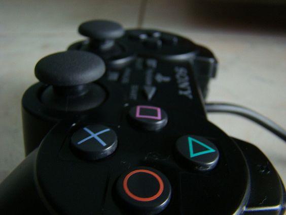 Até que em fim eu tomei vergonha na cara e comprei um video-game       Video Game Systems  Information.