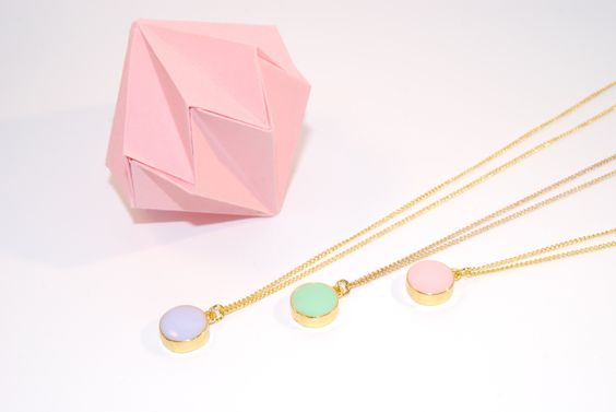 Collier Médalia - Pendentif minimaliste vert