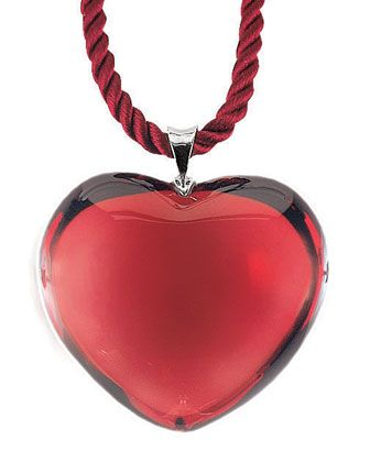 Baccarat Glamour Heart Pendant http://rstyle.me/~1kKoO