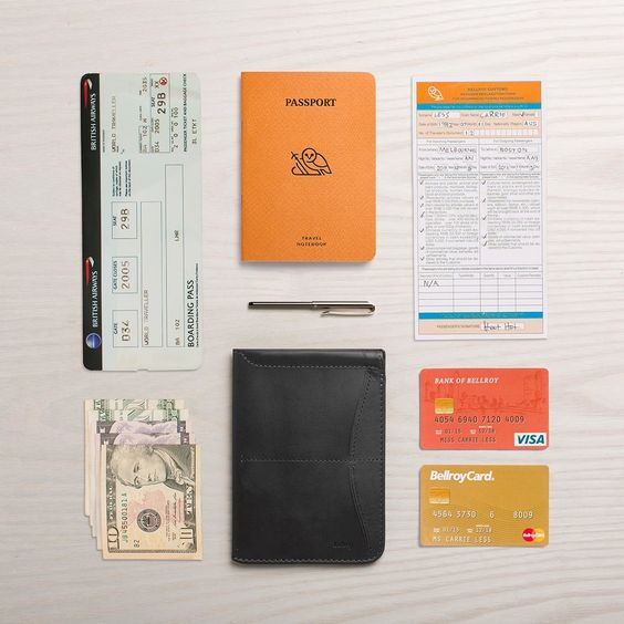 For the #minimalist traveller, the passport sleeve offers protection for your passport, while adding extra features like a handy pen, and signature #bellroy pull-tab. Experienced #travellers pack slim. #passportsleeve
