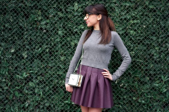 #leatherskirt #hm http://cl0sinpills.weebly.com/