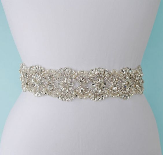 THE NEWEST WEDDING TREND !!!!!!!! <<<<<<<<  This gorgeous wedding belt will make your wedding gown very unique and unforgettable.