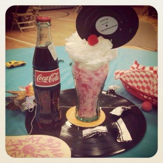 50 party party centerpieces and centerpieces on pinterest for 50s party decoration