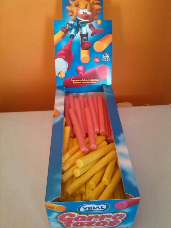Ya tenemos también los #marsmallow amarillo y rosa de @Vidal_Golosinas. Buenisimos!!Como siempre en @KioskoLaCochera