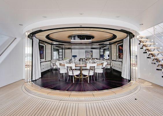 kahalani motoryacht deck essbereich weißes design remi tessier, Innenarchitektur ideen