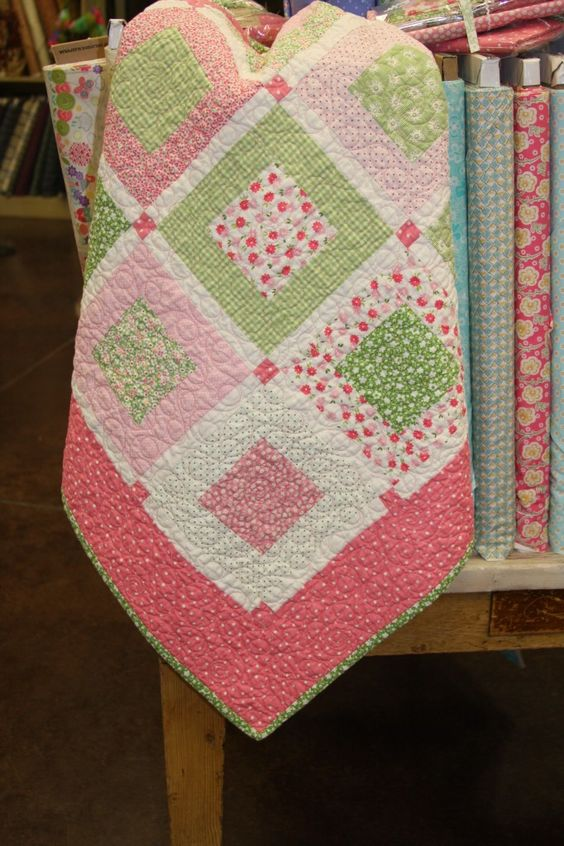 Sweet Pea quilt ~ inspiration for a baby quilt: