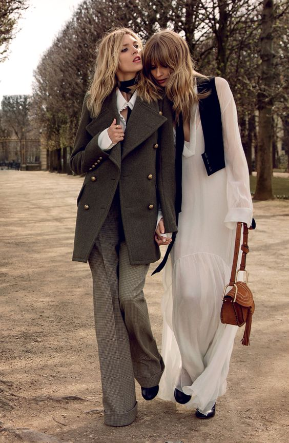 Anja Rubik & Julia Stegner in Chloe Fall/Winter 2015 campaign (photography: Inez van Lamsweerde & Vinoodh Matadin) / best fashion ad campaigns fall/winter 2015 / via fashioned by love british fashion blog