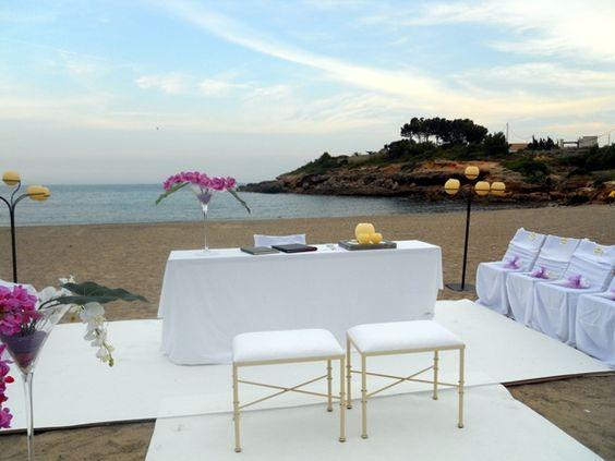Nada mas romántico que celebrar una boda en la playa