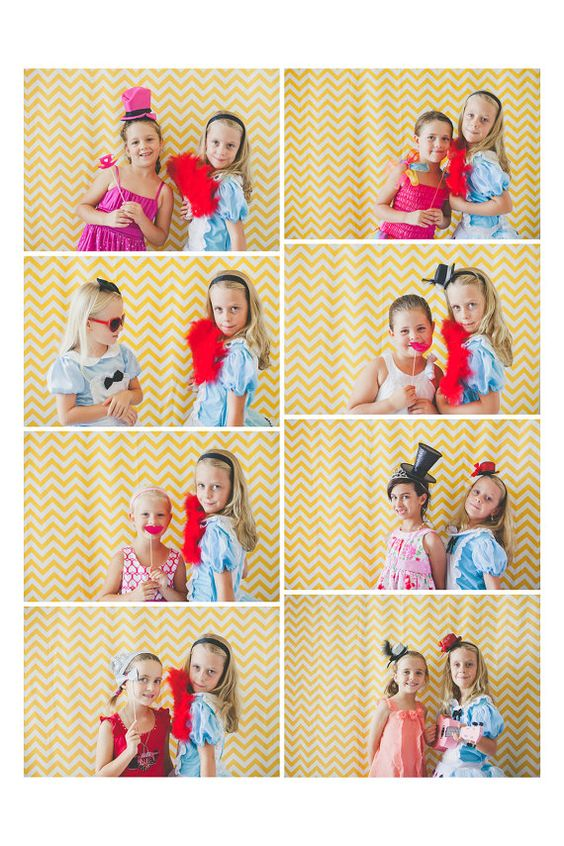 ALICE in Wonderland Photo Booth Props por SweetScarletDesigns