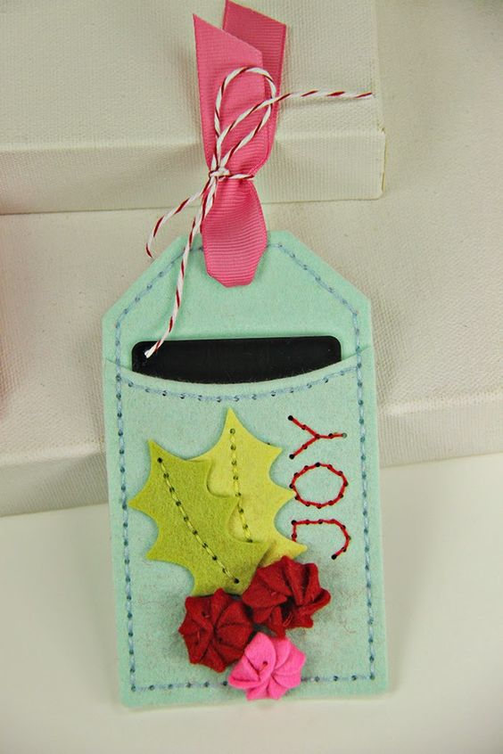 Joy Pocket Tag by Erin Lincoln for Papertrey Ink (October 2014):