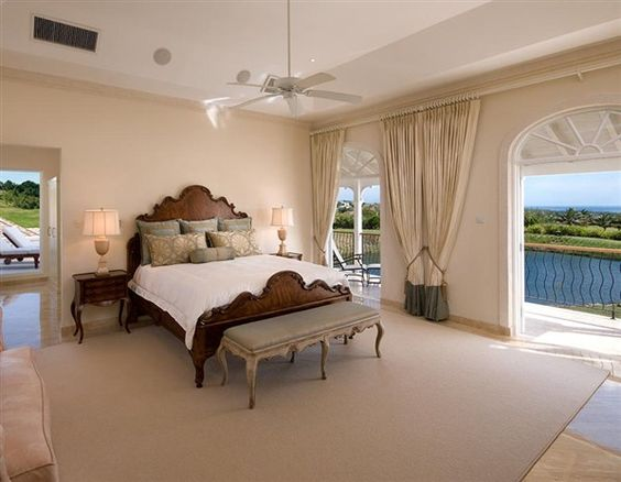 We take a peek inside some of the most beautiful villas and mansions on the market (© Image © www.royalwestmoreland.com)