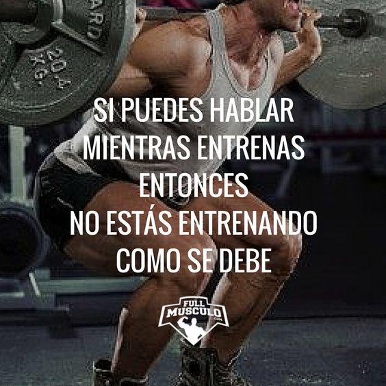 Si puedes hablar mientras estás en un set entonces no estás entrenando lo sufientemente fuerte. Si entrenas a la intensidad correcta no tendrás tiempo ni ganas de hablar #gym #fitness