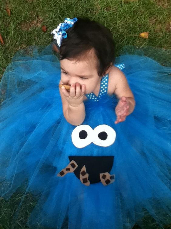 Could anything in the world be cuter than this cookie Monster dress!???